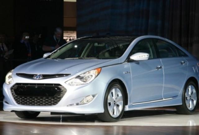 Noul Hyundai Sonata hibrid a fost prezentat la New York