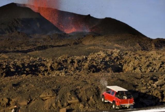 Top Gear a filmat un episod printre vulcanii Islandei