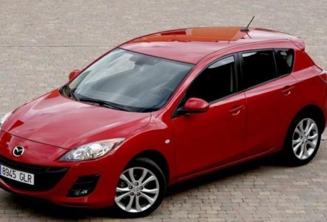 Recall Mazda de 90.000 de unitati