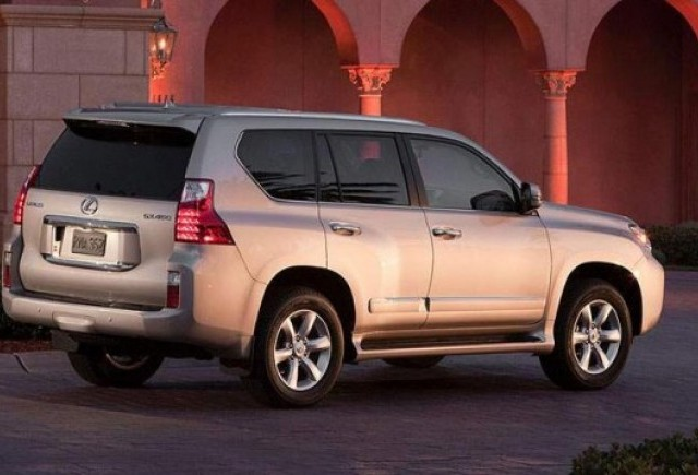 Un nou recall Toyota si Lexus
