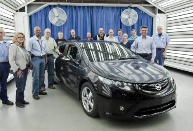 Opel prezinta versiunea de pre-productie al lui Ampera