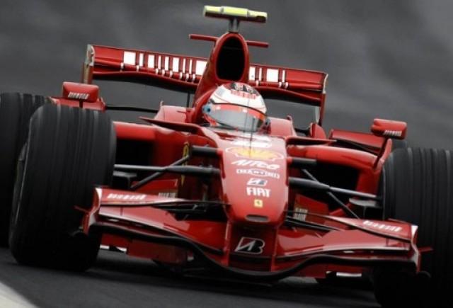 Ferrari, acuzati ca fac reclama mascata la tigari