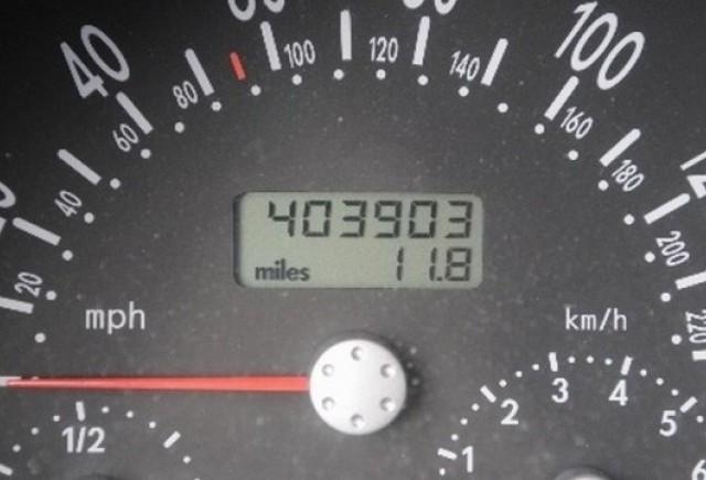 400.000 mile cu un VW New Beetle!