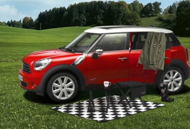 Mini ofera un pachet de camping pentru Countryman