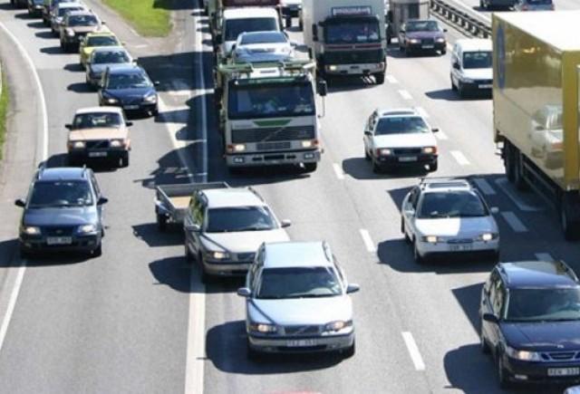 Media emisiilor de CO2 la masinile noi a scazut cu 12%