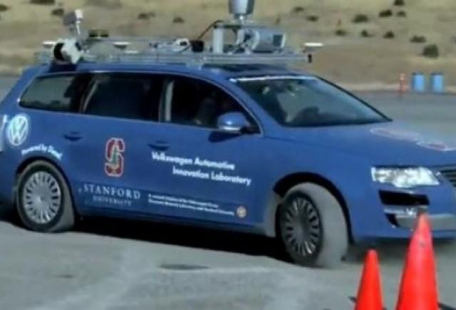 VIDEO: Volkswagen inventeaza parcarea prin drift