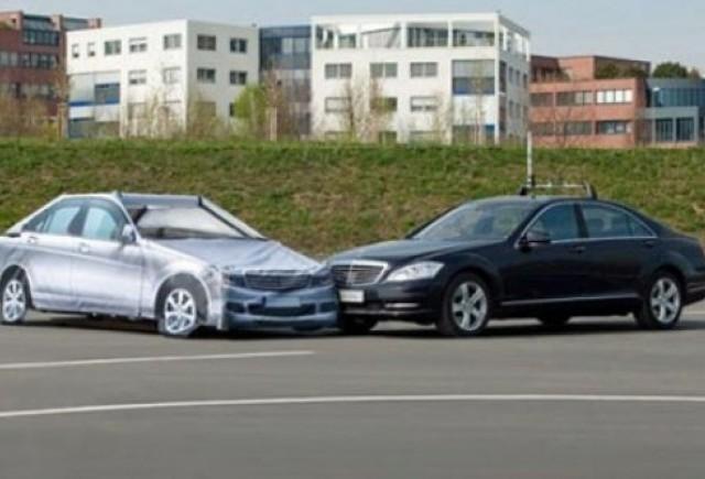 VIDEO: Iata cum testeaza Mercedes noile modele