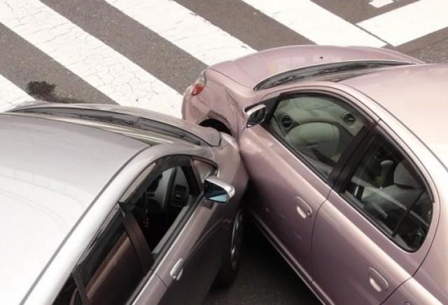 Asiguratorii auto au platit mai multe dosare de dauna in 2009