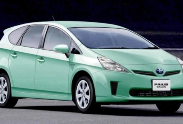 Toyota pregateste un model Prius cu sapte locuri