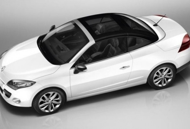 Renault a prezentat lista de preturi a noului Renault Megane CC