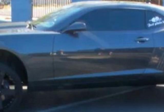 VIDEO: Camaro SS cu suspensii hidraulice