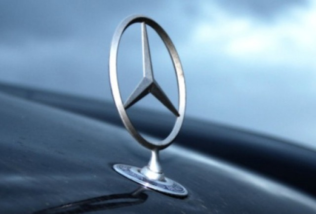 Mercedes va construi masini electrice pentru China