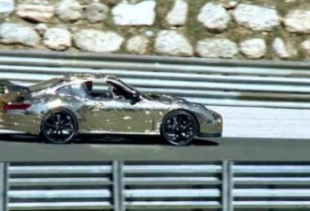 VIDEO: Ferdinand GT3 RS, un Porsche din carton