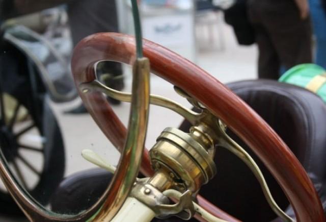 Galerie Foto: Bucharest Classic Car Show (2)