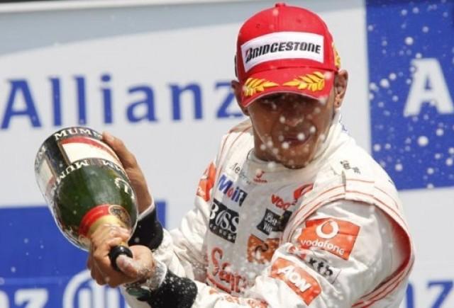 Dubla McLaren in Canada: Hamilton devine lider mondial