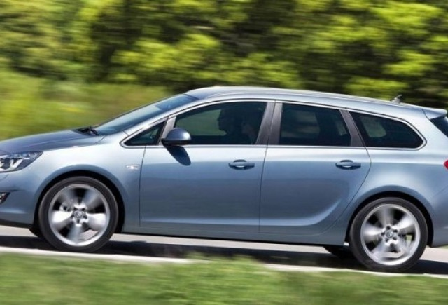 VIDEO: Iata noul Opel Astra Sport Tourer