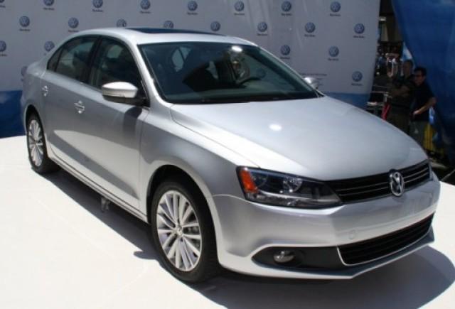 GALERIE FOTO: Iata noul Volkswagen Jetta!