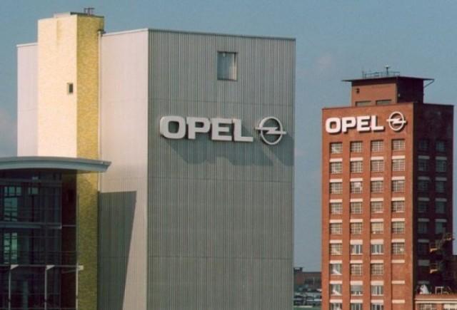 Opel renunta la ajutoarele guvernamentale