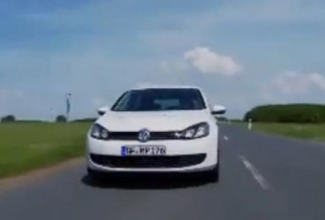 VIDEO: Noul Volkswagen Golf Blue-e-motion in actiune