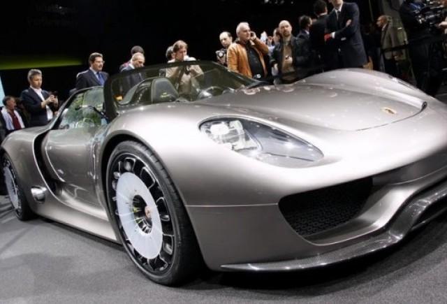 Porsche 918 Spyder va costa 500.000 de euro