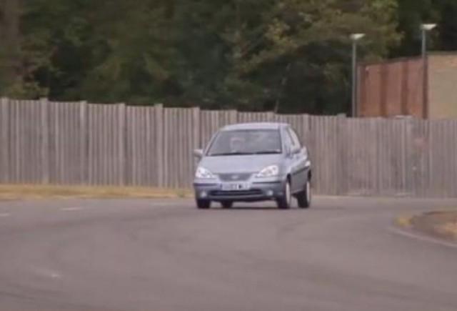 VIDEO: Rubens Barrichello este mai rapid decat Stig!