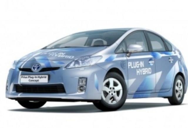Toyota va lansa trei modele ecologice noi pana in 2012