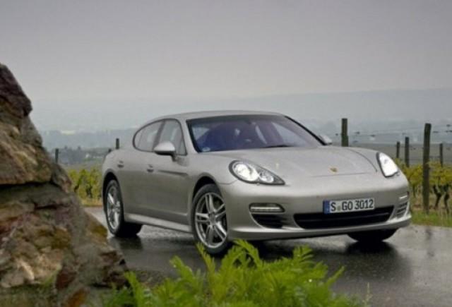 Porsche va lansa un Panamera hibrid in 2011