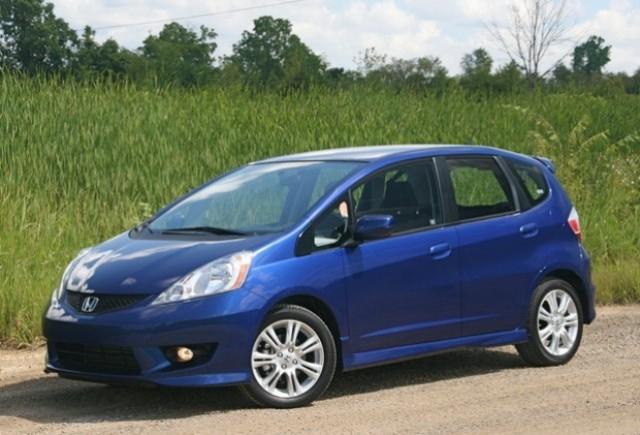 Honda Fit hibrid costa 18.600 $
