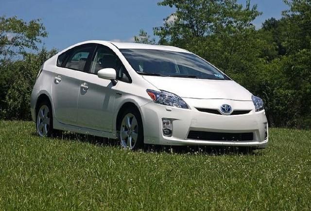 Top 4 vehicule hibride ale anului 2010
