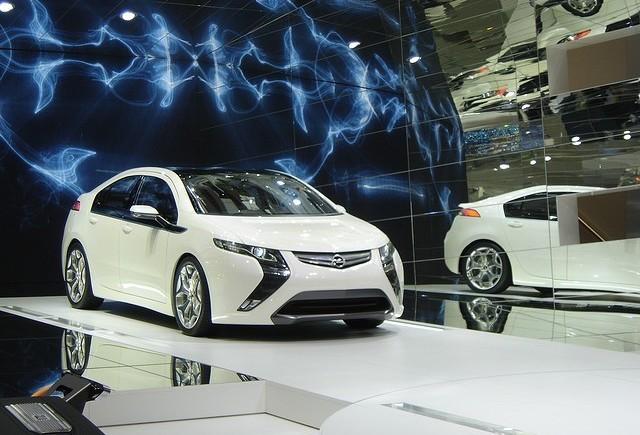 S-a realizat primul model Opel Ampera