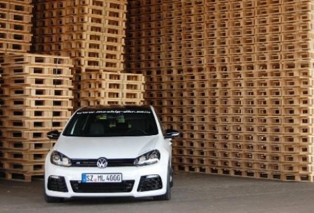 Volkswagen Golf R tunat de Mcchip-dkr