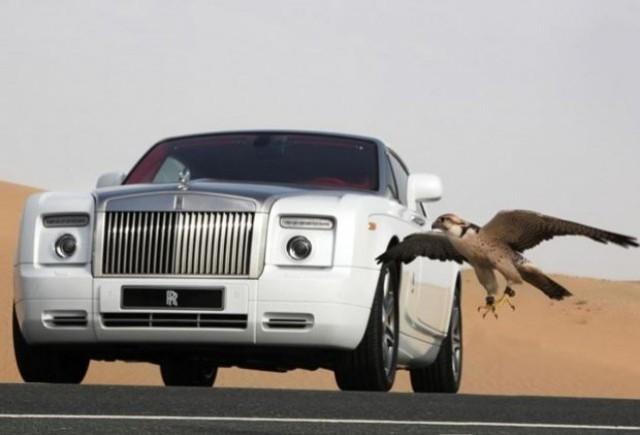 Rolls-Royce  a realizat doua editii speciale pentru arabi