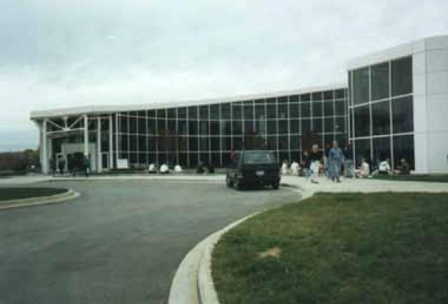 Centrul BMW – BMW Zentrum