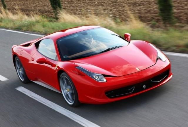 Ferrari va investiga incendiile aparute la 458 Italia