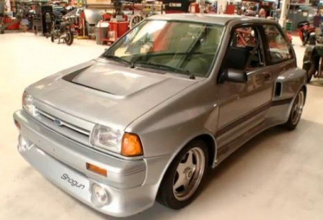 VIDEO: Jay Leno are un Ford Festiva Shogun cu 300 CP