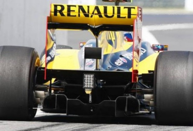Renault doreste sa cumpere inapoi actiunile echipei de Formula 1
