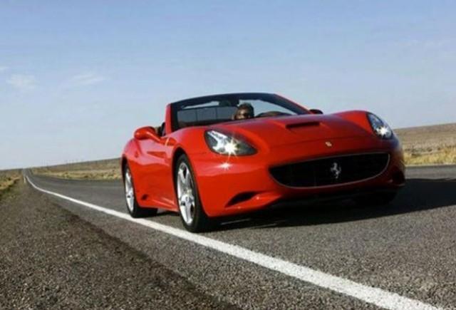 Ferrari va prezenta la Paris un California