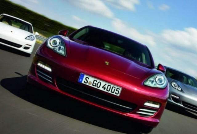 Porsche a vandut peste 22.000 de modele Panamera