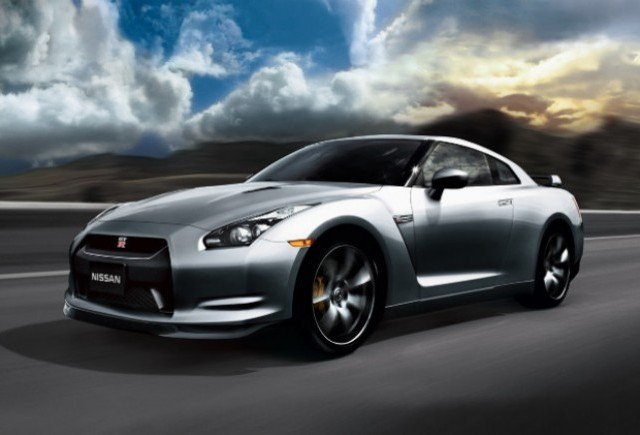 Nissan prezinta viitorul modelelor sport