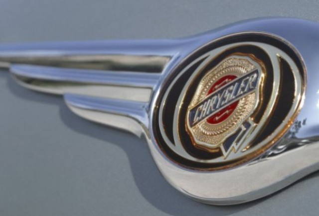 Chrysler va prezenta la Paris doua editii limitate 300C si Grand Voyager
