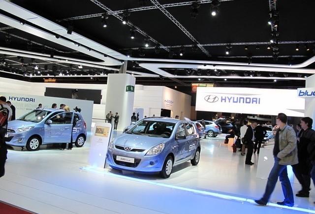 PARIS LIVE: Standul Hyundai