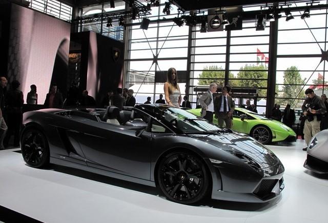 PARIS LIVE: Standul Lamborghini