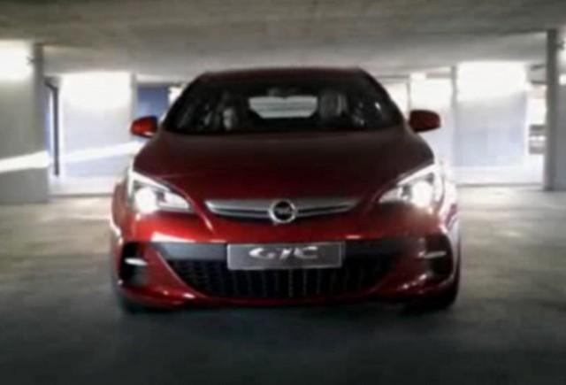 VIDEO: Noul Opel Astra GTC in actiune