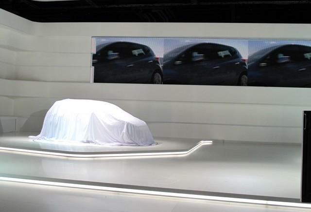 PARIS LIVE: Noul Hyundai ix20