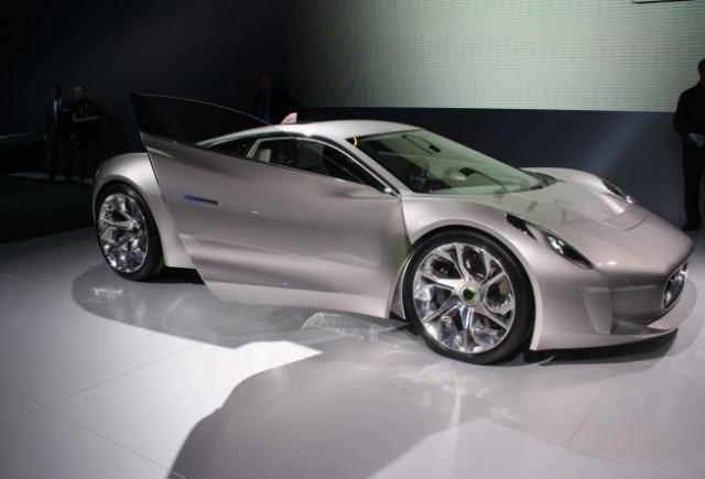 PARIS LIVE: Jaguar impresioneaza prin noul concept C-X75