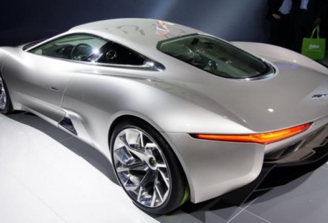 Jaguar ar putea produce in viitor conceptul C-X75