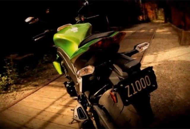 VIDEO: Kawasaki promoveaza infricosatorul Z1000