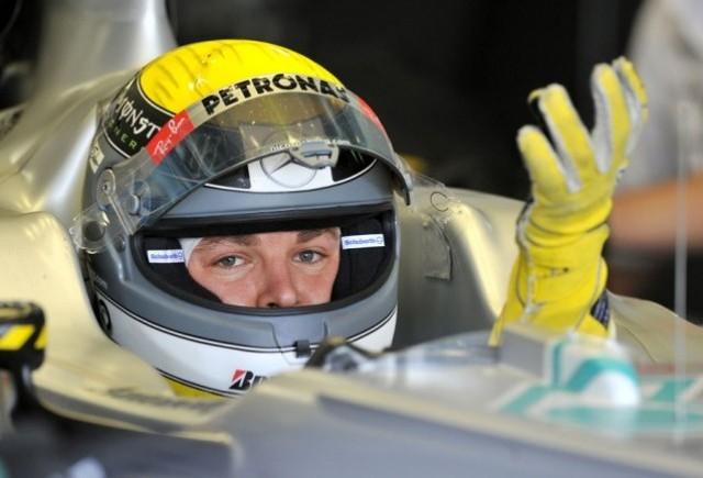 Nico Rosberg, nemultumit ca nu este egalul lui Schumacher la Mercedes GP