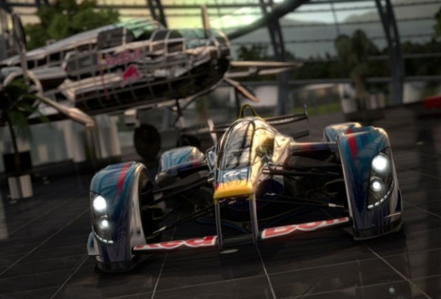 Red Bull X1: 1500 CP; 400 km/h