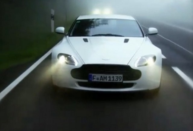 VIDEO: Aston Martin prezinta noul V8 Vantage N420